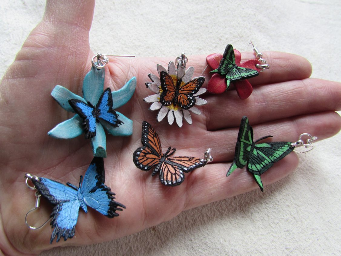 size compare butterfly ear